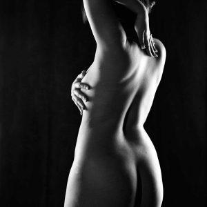 contre jour sur corps de femme nue