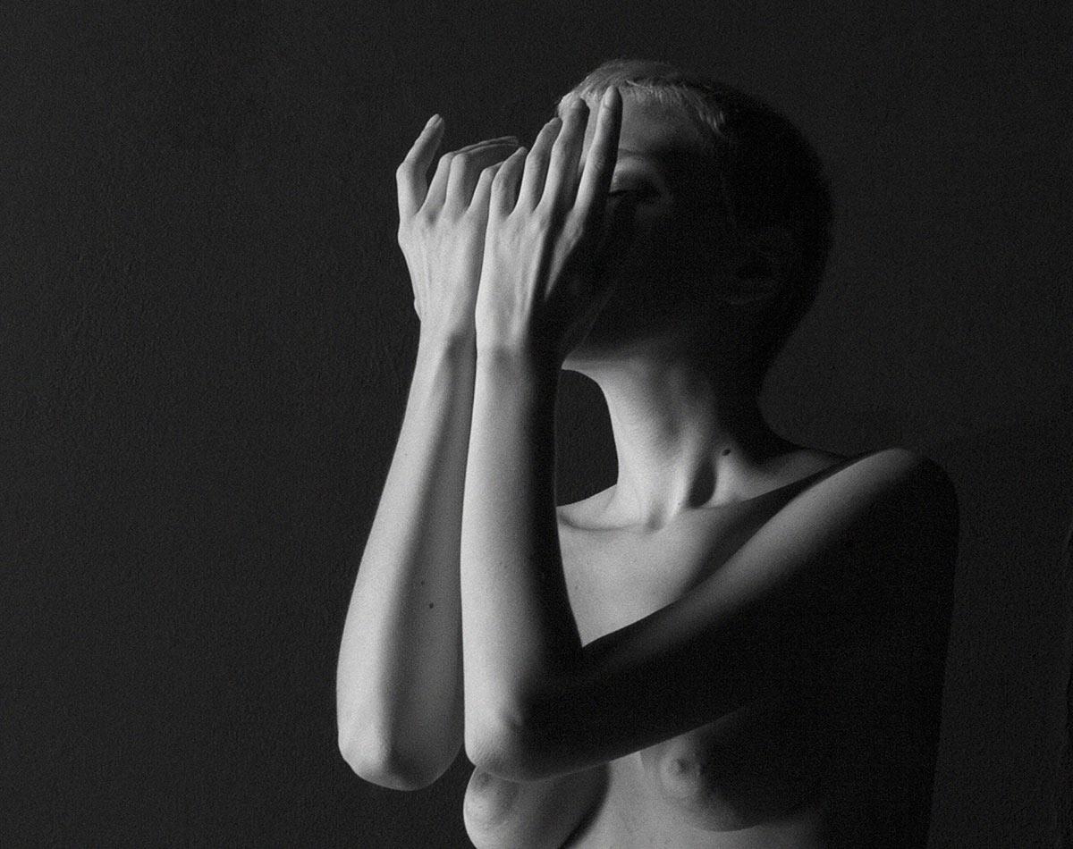 Béatrice Angelini nue pour nuexpo.com