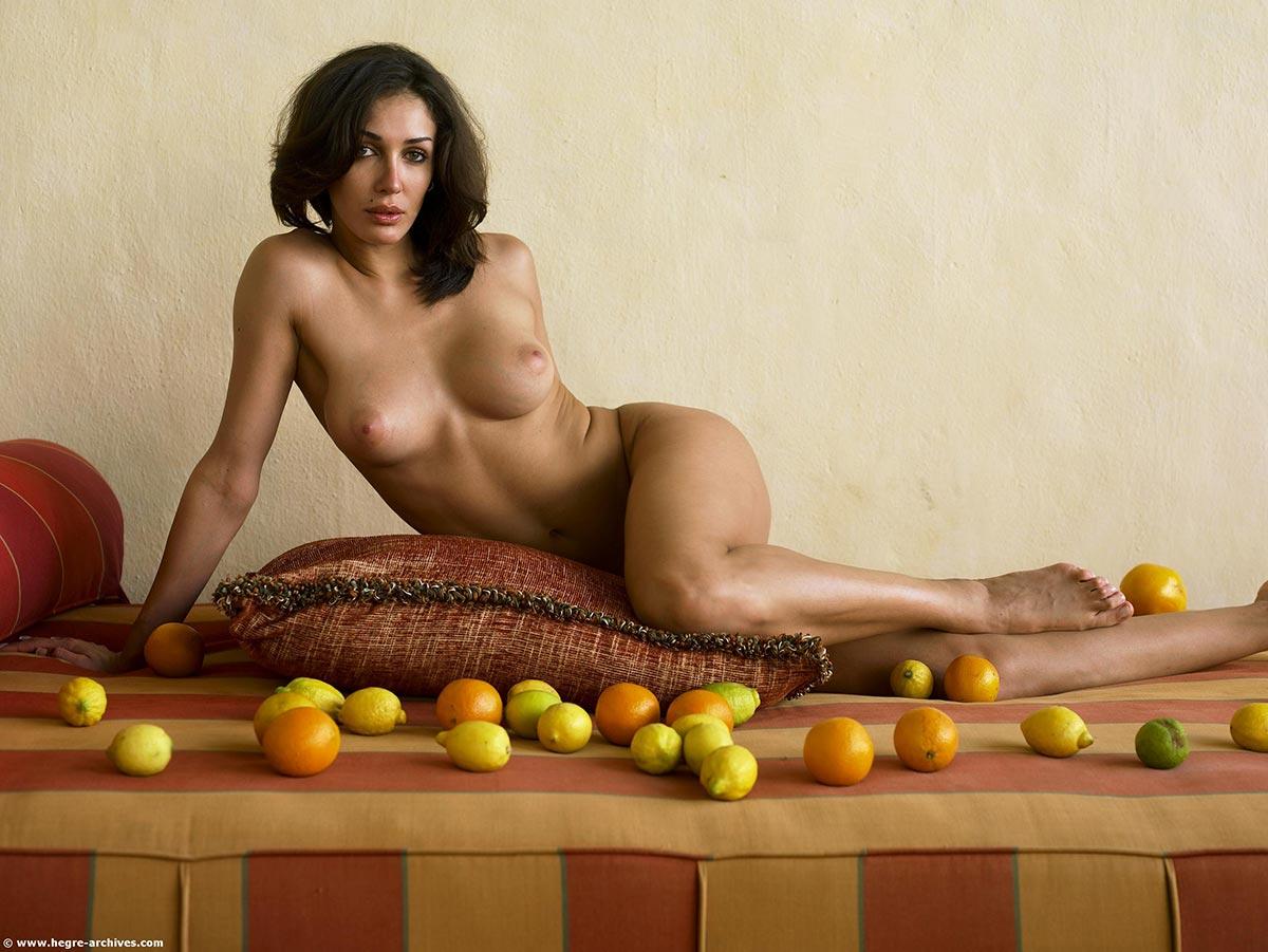 Iris mittenaere celeb nudes