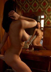 photo érotique de la série In the Mirror