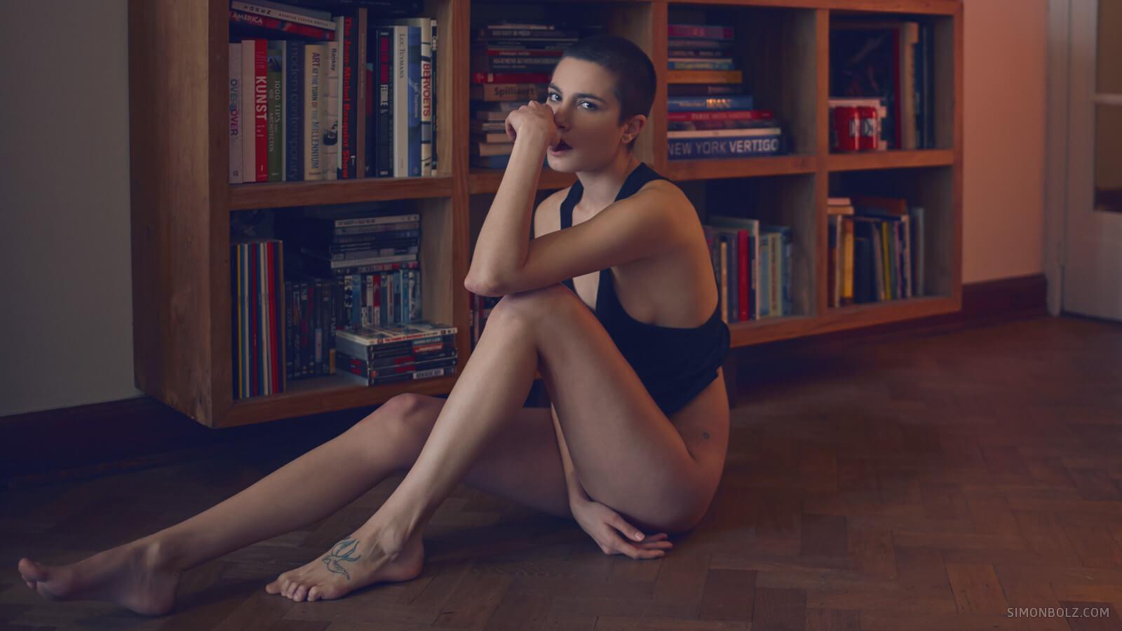 Sexy Simon Bolz Nude Photography Photos